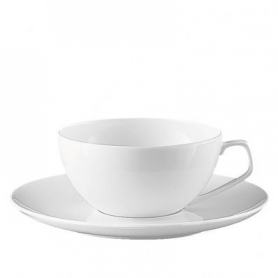 6 tea cups with saucers